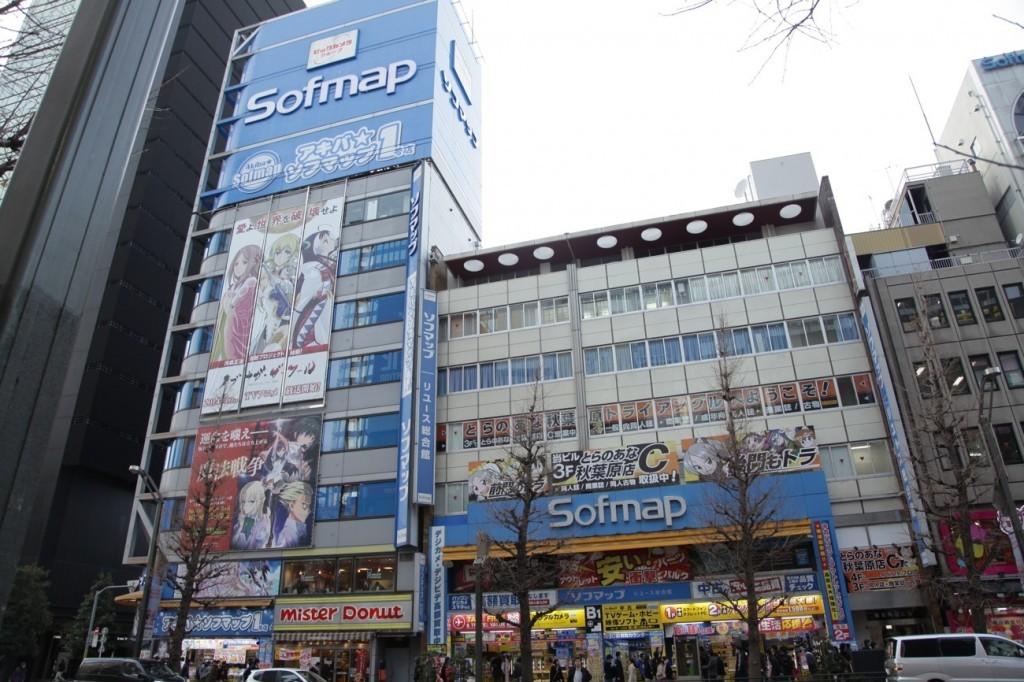 3-must-go-akihabara-04